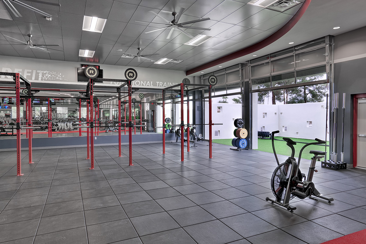 Weightlifting Outside Door OpenV3